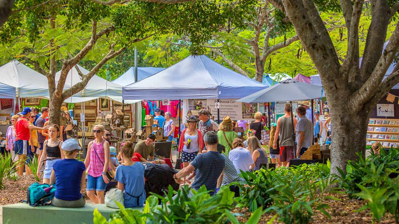 How to get to Eumundi Markets - Coast to Hinterland Tours