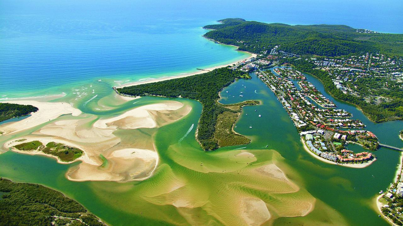 Aerial view of Noosa waterways - Coast to Hinterland Tours