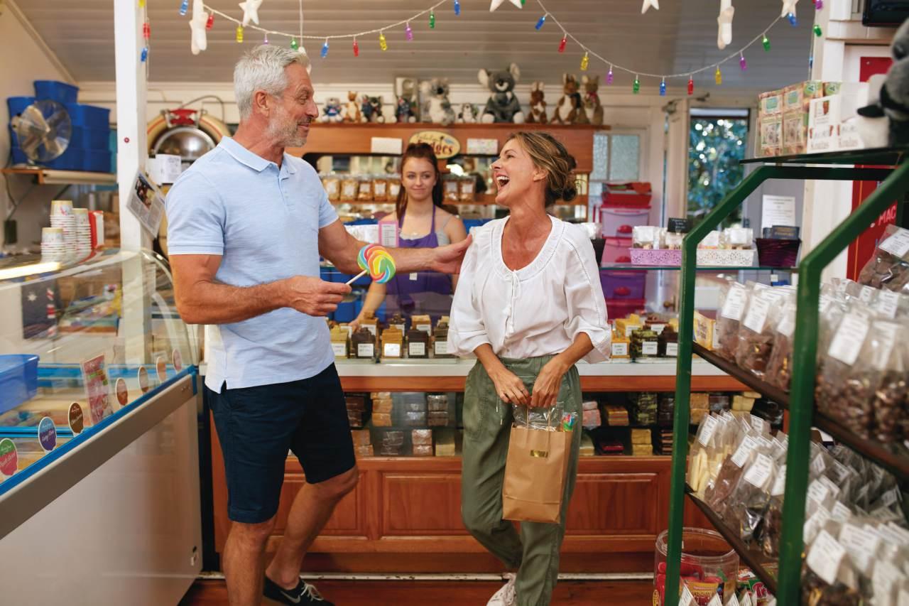 Montville-Shopping-Sunshine-Coast - Coast to Hinterland Tours