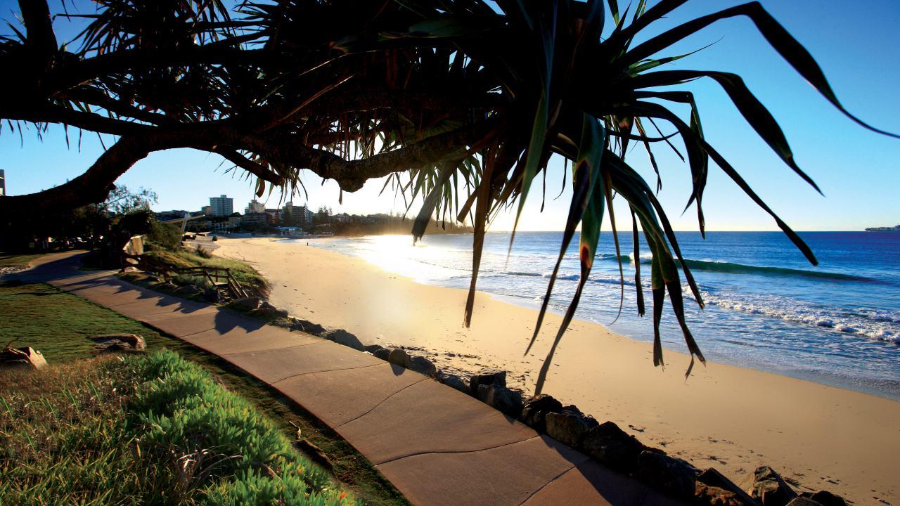 Beaches, Sunset at Kings Beach Caloundra - Coast to Hinterland Tours