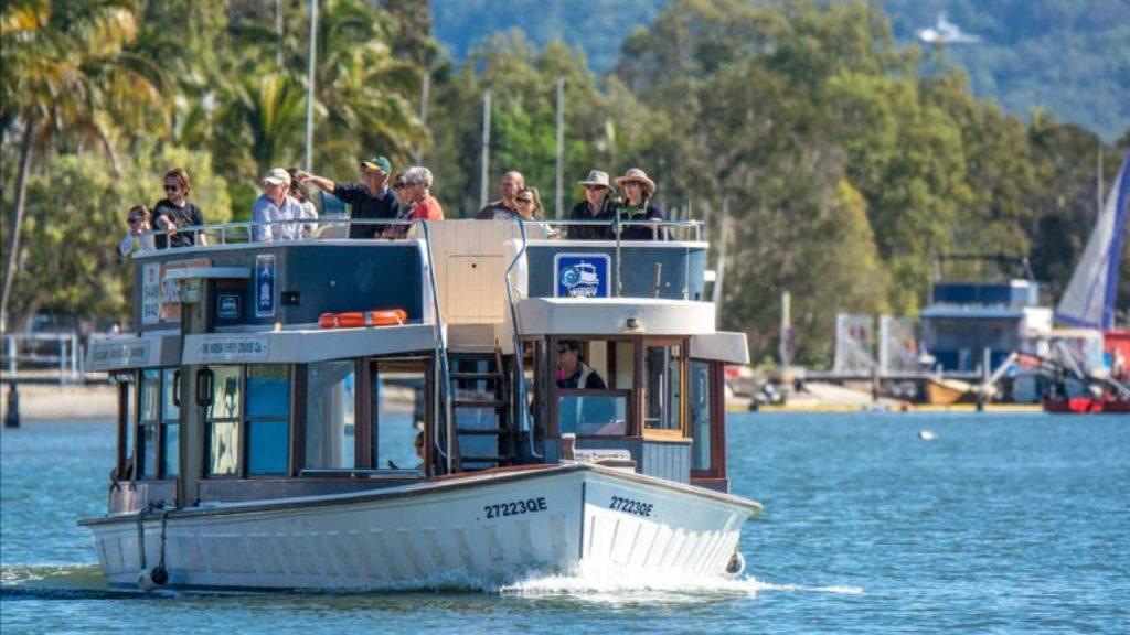 Noosa Ferry | Coast to Hinterland Tours | Noosa Restaurants