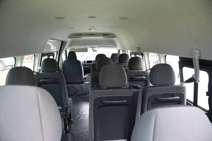 11 Seat Minibus, Airport Transfers Sunshine Coast
