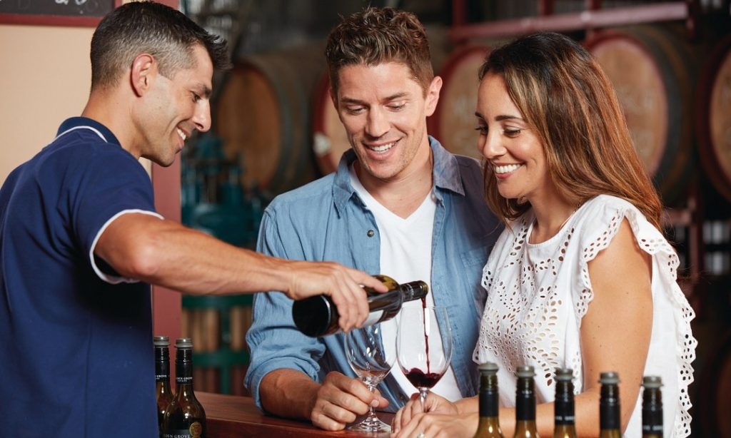 Sunshine Coast Wine Tour. Noosa Group Tour, Coast to Hinterland Tours
