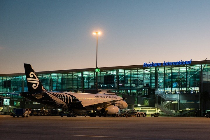 Private Airport Transfers Sunshine Coast & Brisbane Airport. Coast to Hinterland Tours