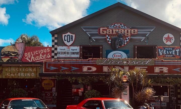 Rick's Garage. Food & Wine Tour Sunshine Coast.