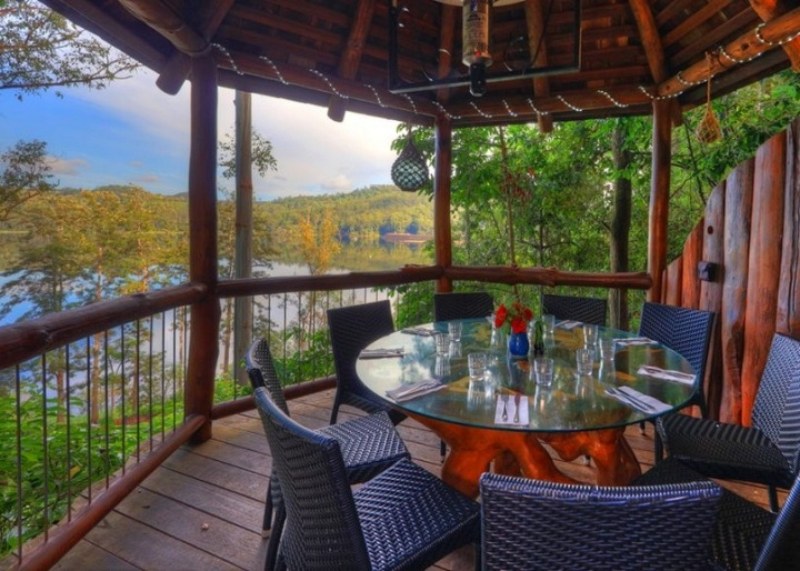 Secrets on the Lake - Sunshine Coast Hinterland Tour