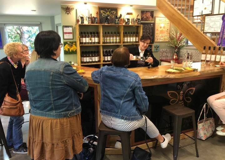 Sunshine Coast Drinks Tour. Coast to Hinterland Tours